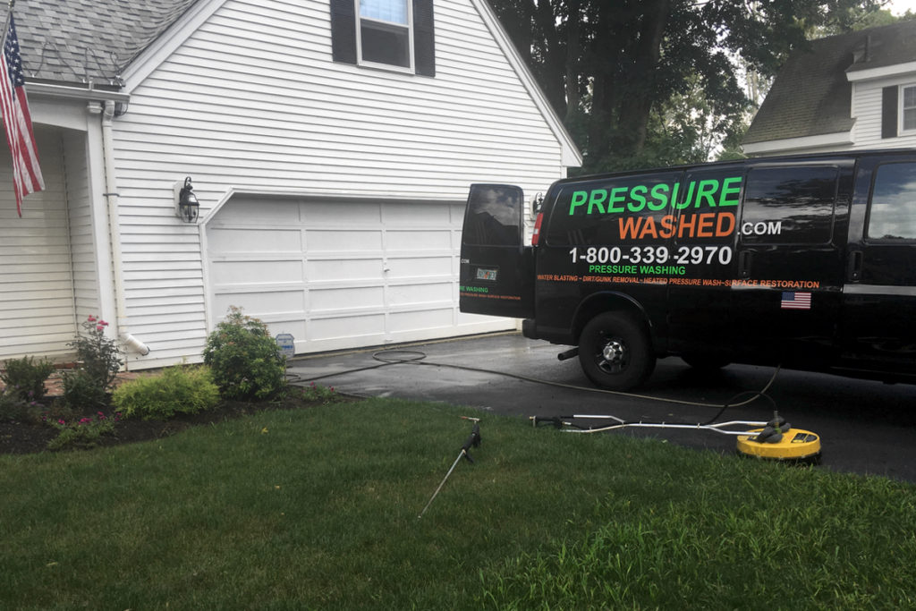 exterior-house-pressure-wash